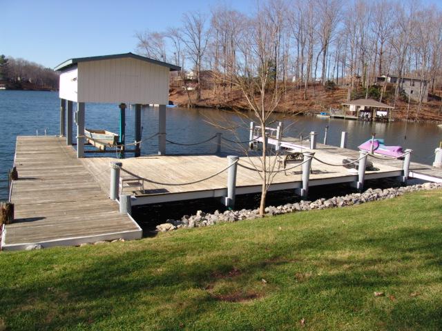 Huge Dock on Smith Mountain Lake
