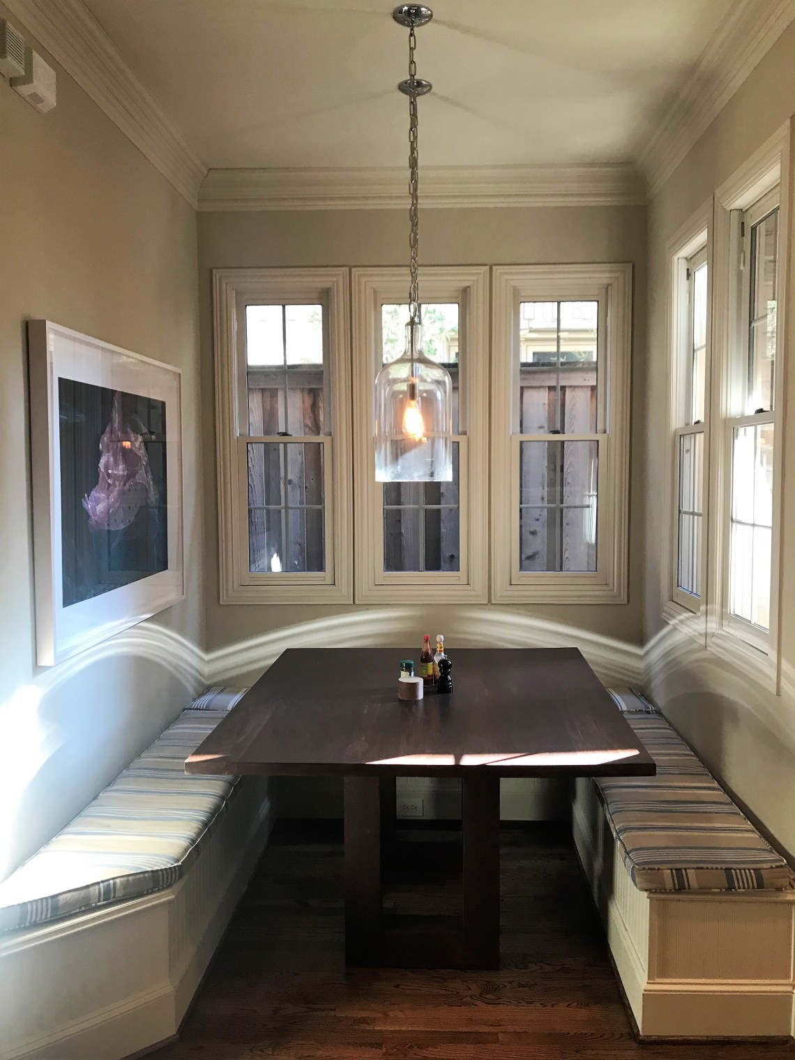 before and after breakfast nook banquette