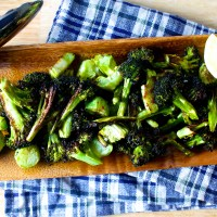 crispy broccoli with lemon and garlic