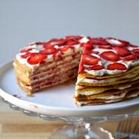 strawberry graham icebox cake