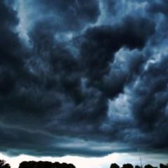 Atentionare meteo: furtuna si racire accentuata. Vedeti cat vot cobori temperaturile