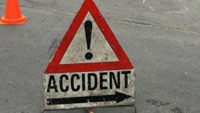Un autoturism s-a răsturnat pe DN 19 F, între localităţile Odoreu şi Băbăşeşti