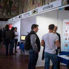 Bursa locurilor de muncă pentru studenții sătmăreni din Cluj: Peste 200 de participanți în prima zi