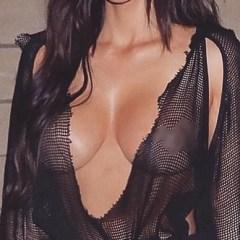 A adunat peste un milion de like-uri cu sânii ăştia! Cine e vedeta