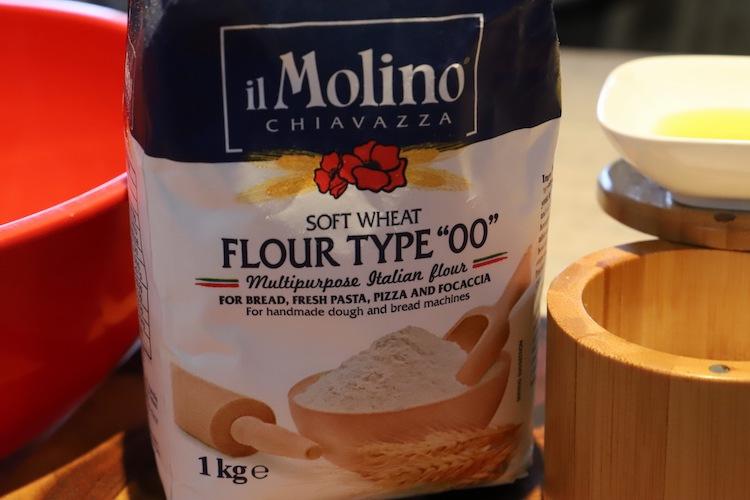a bag of flour type 00