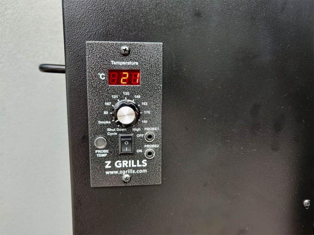 Z Grills pellet grill digital controller