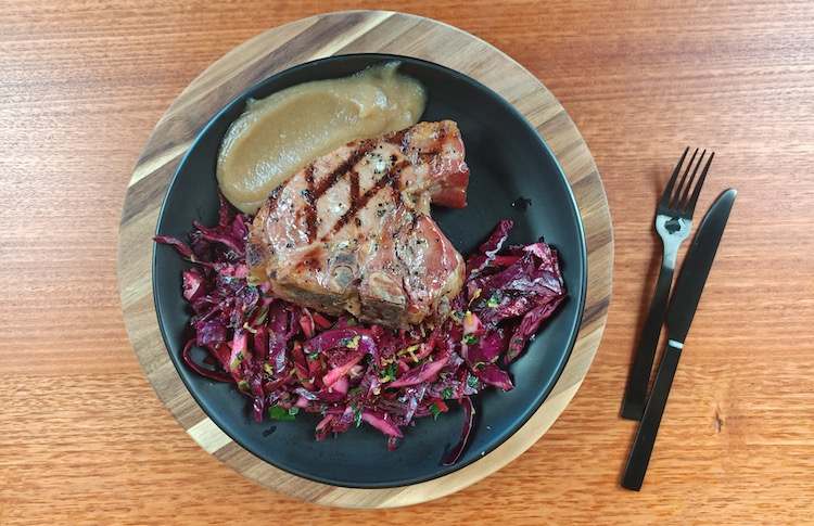 smoked pork chops with apple and beets slaw and apple sauce