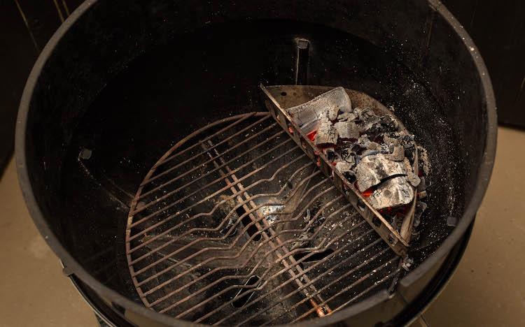 lump charcoal inside weber kettle