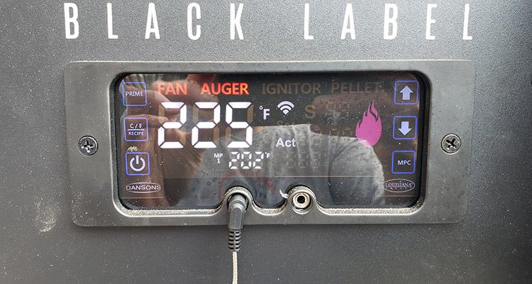 louisiana grills black label grill display