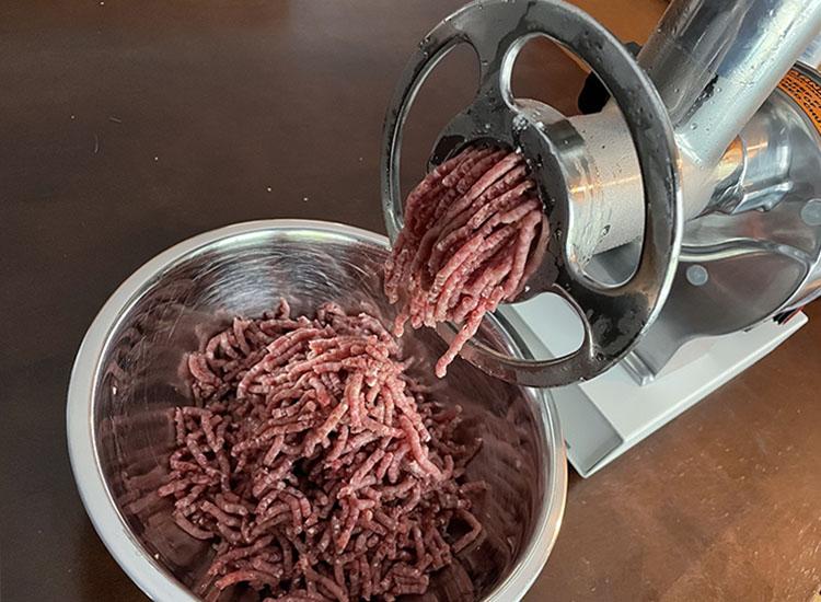 grinding brisket with meat! your maker grinder