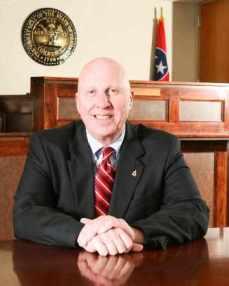Robertson County Mayor Howard Bradley