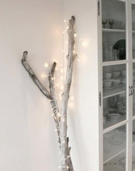 drift-wood-christmas-branch-with-lights