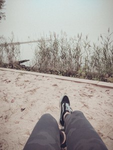 stay-lokal-relaxing-by-the-lake