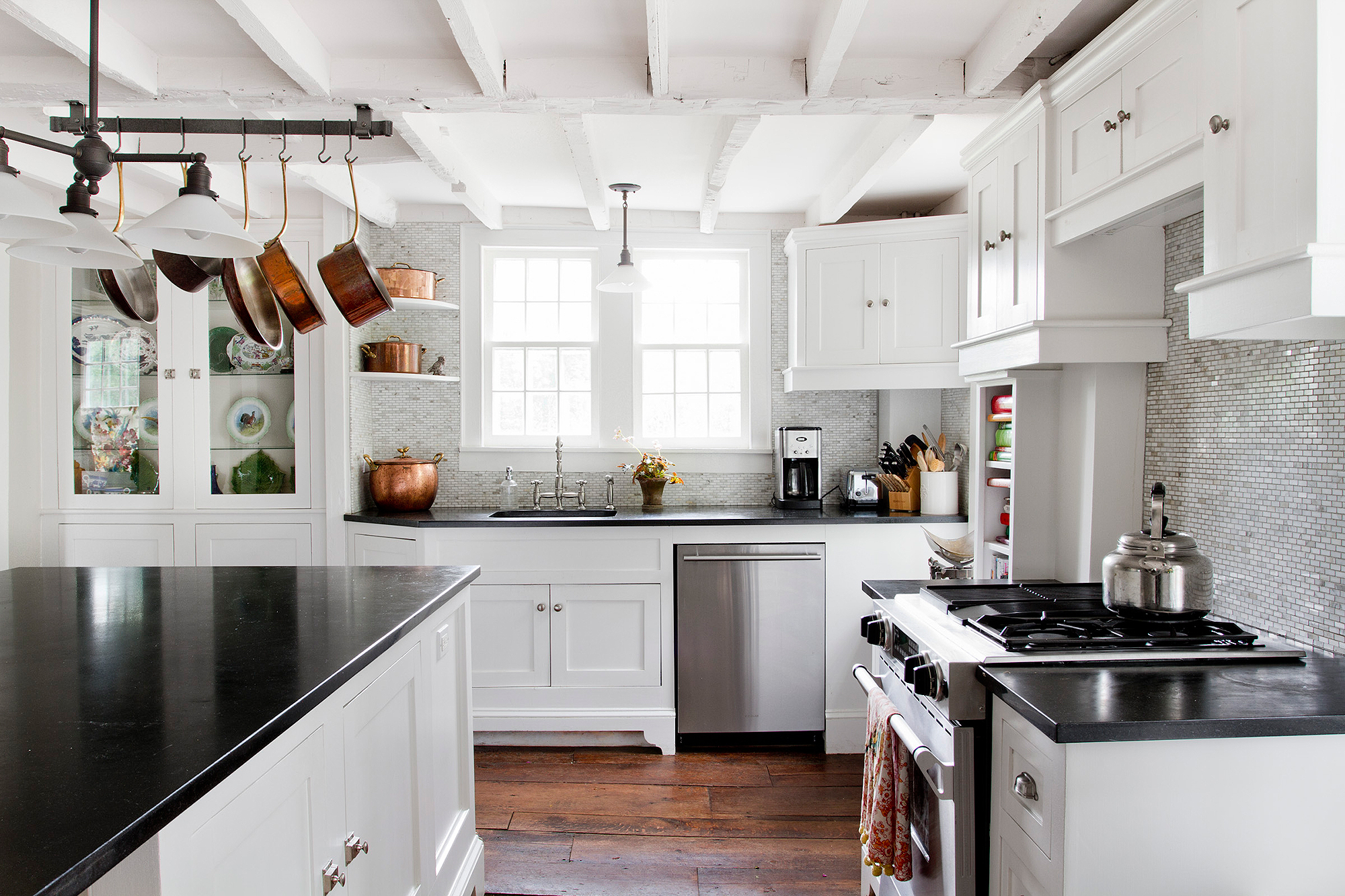 biggest kitchen trends to carry you into 2018 | smooth decorator