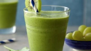 SUPREME GREEN SMOOTHIE
