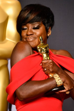 Viola Davis won supporting role
