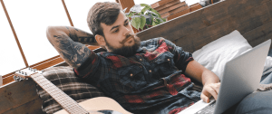 Independent musician looks at music industry web sites