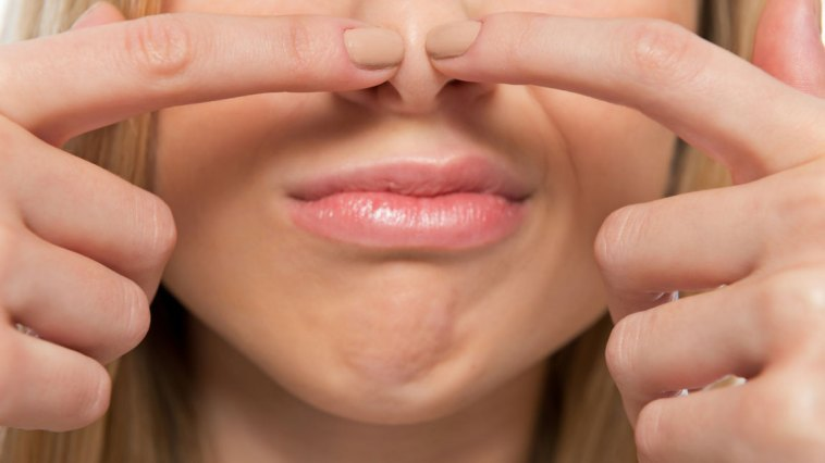How-to-get-rid-of-blackheads-on-the-nose