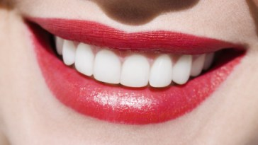 Tips for White and Healthy Teeth