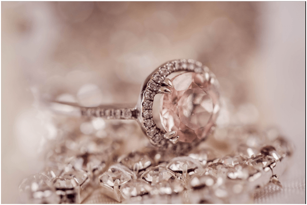 Five Things to Keep in Mind When Choosing the Engagement Ring
