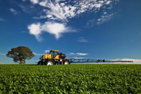 Ao contrário dos que muito afirmam, Brasil não é o maior consumidor de agrotóxicos (Foto: Valtra)