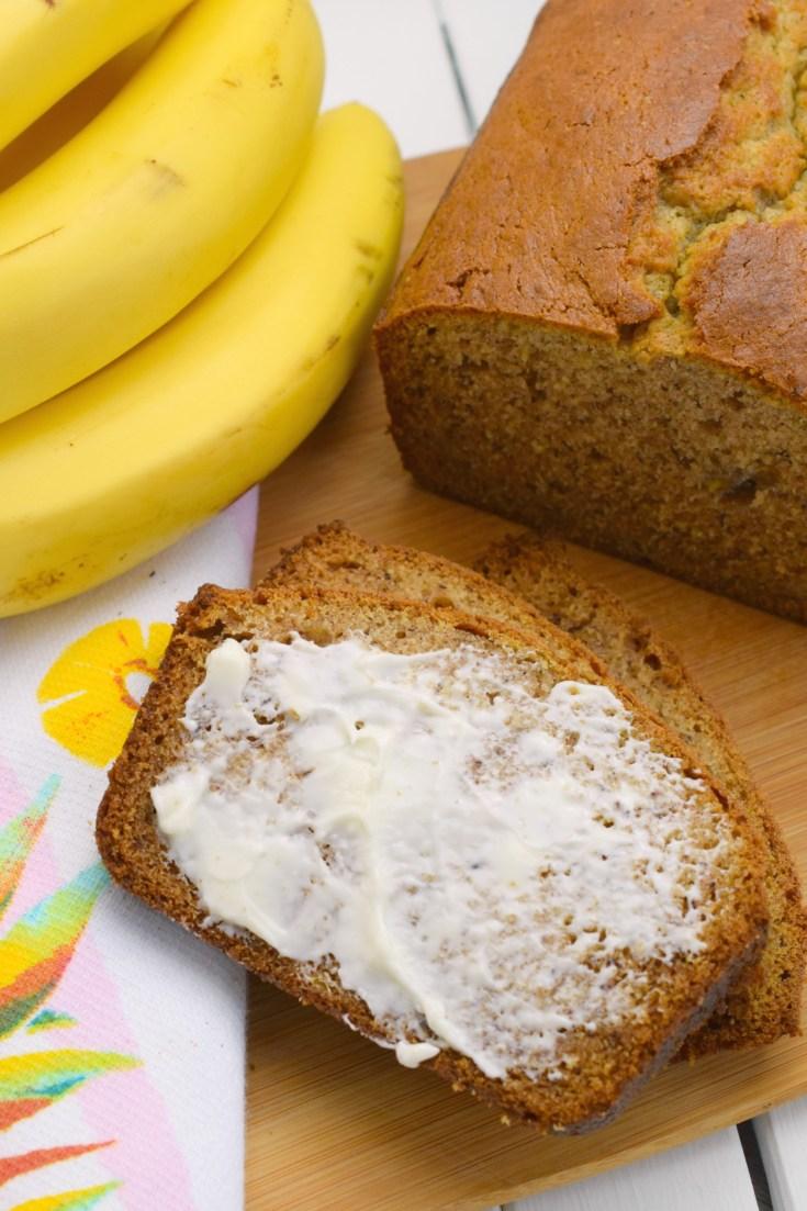 Cinnamon Sour Cream Banana Bread