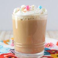 Vanilla Latte {Starbucks Copycat}