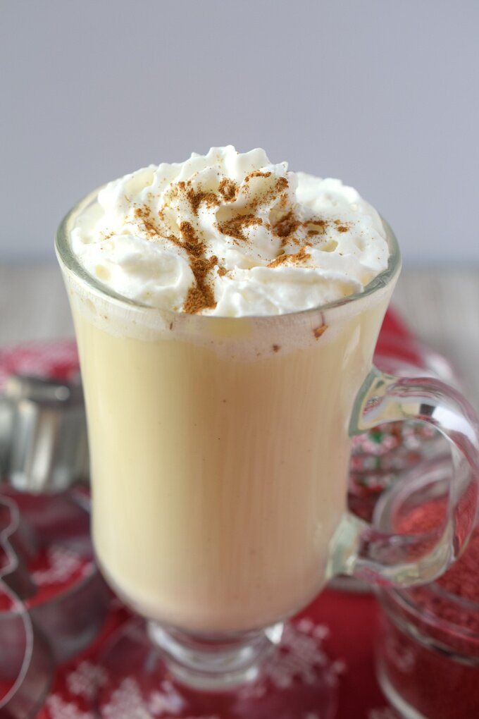 White Hot Chocolate with Eggnog