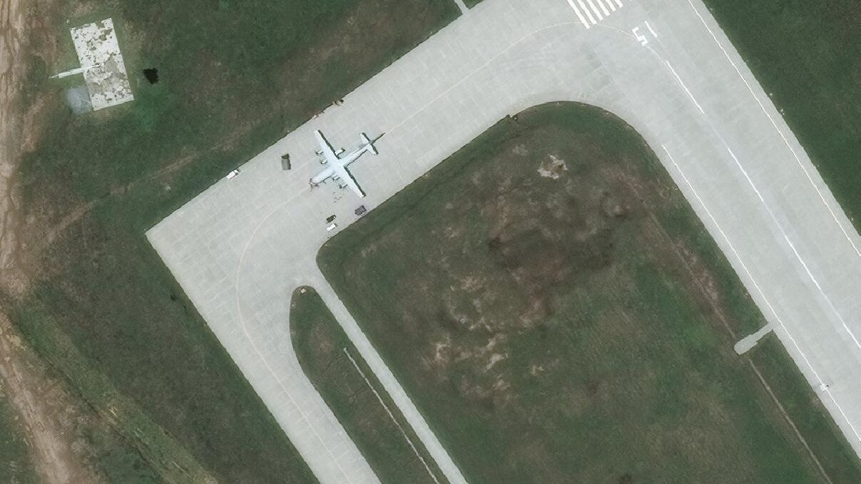Shaanxi Y-8Q