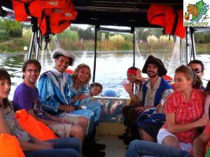 Circuit pe lac (plimbare) cu Vaporașul Vlad Țepeș (12 pasageri) > Doar vă recomandăm furnizoru *  Pret de listă (informativ): 45 lei/ora/pasager (cu audio-ghid inclus)