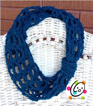 Pattern: Swiss Cheesy Quick and Easy Cowl