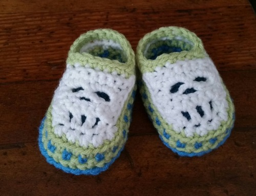 Crochet: First grandbaby slippers