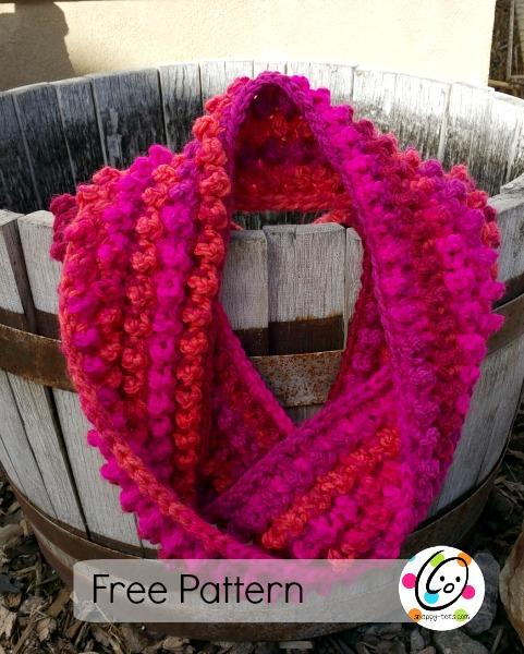 Free Pattern: Jellybean Infinity Scarf