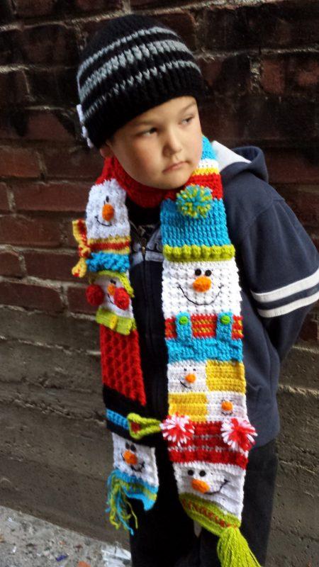 Sampler snowman scarf