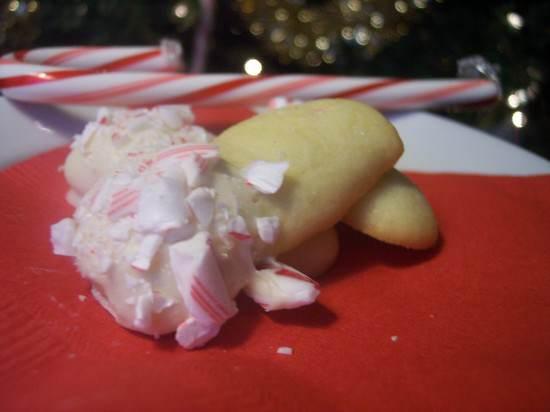 Peppermint White Chocolate Sticks Recipe | SnappyGourmet.com