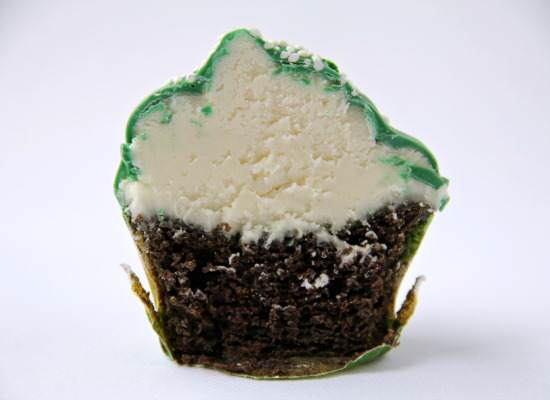 Green Velvet St. Patrick's Day Dipped Cupcakes Recipe | SnappyGourmet.com