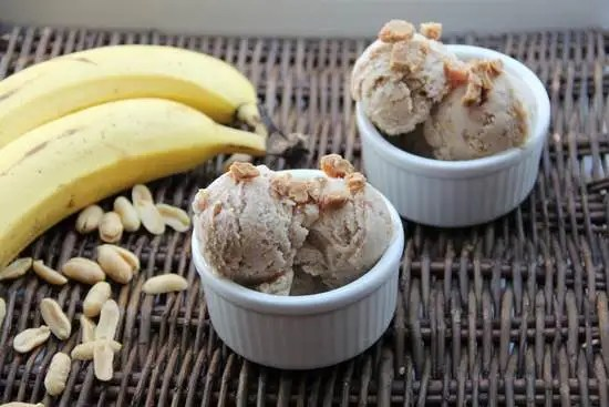 Chunky Elvis Ice Cream Recipe | SnappyGourmet.com