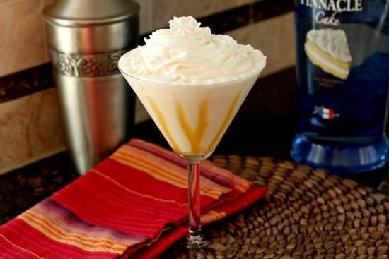 Tres Leches Caketini Cocktail Recipe | SnappyGourmet.com