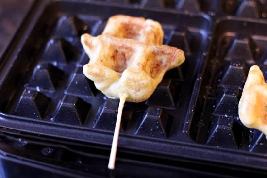 Caribbean Shrimp Stuffed Waffle Pops & Mango Cilantro Dip Recipe | SnappyGourmet.com