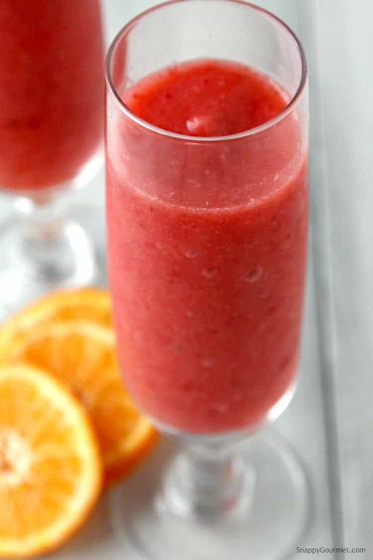 Strawberry Prosecco Slushie - an easy prosecco cocktail recipe. SnappyGourmet.com