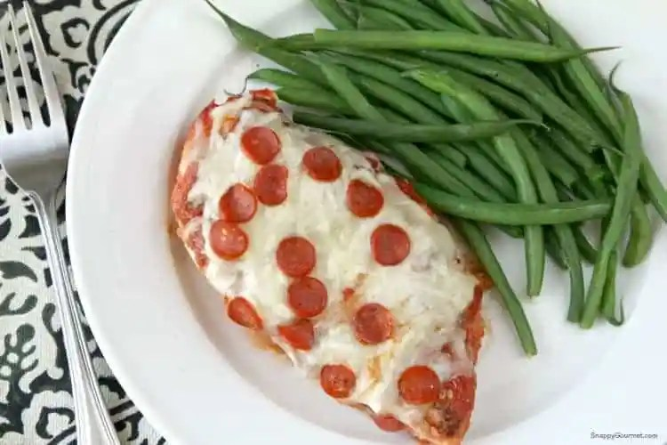 Easy Pizza Chicken Recipe - Cheesy chicken breast pizza recipe. SnappyGourmet.com