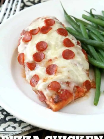Easy Pizza Chicken Recipe - Baked pizza chicken recipe that is low carb and easy! SnappyGourmet.com