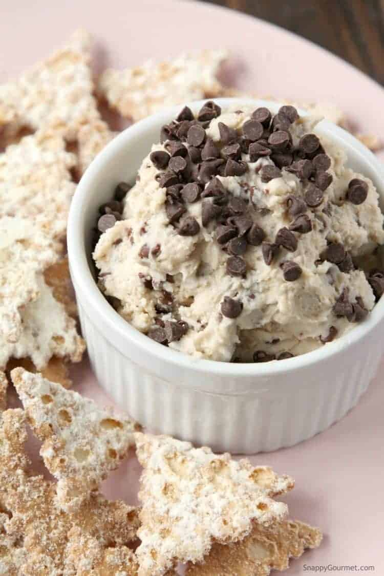 Best Cannoli Dip Recipe - Easy cannoli dip recipe based on the Italian Cannoli pastry! SnappyGourmet.com