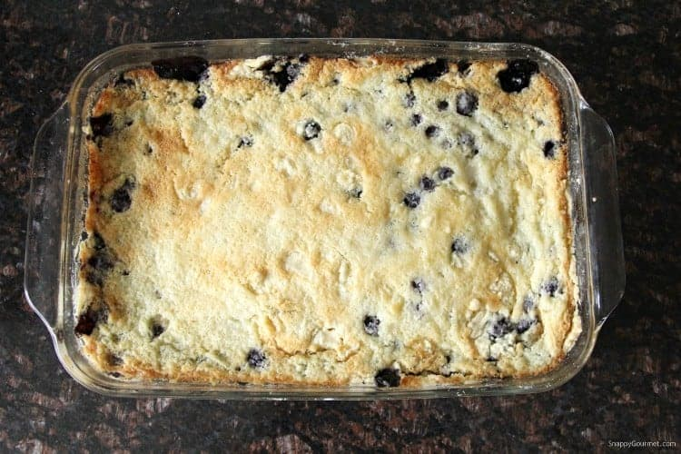 Blueberry Dump Cake Recipe - the best dump cake recipe with blueberries and cake mix