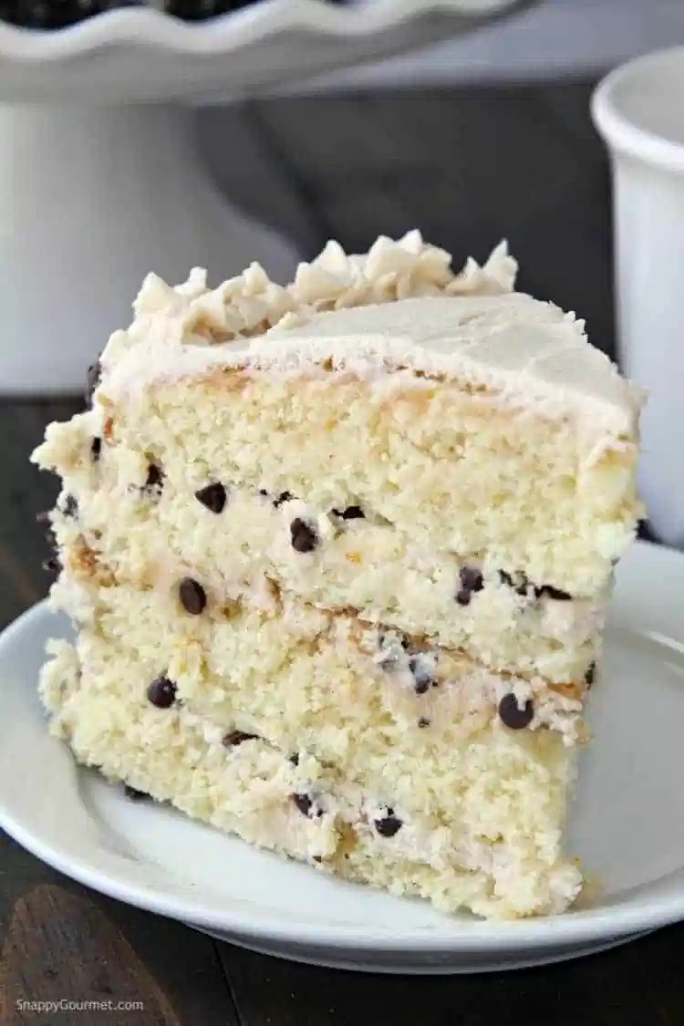 Cannoli Cake Recipe - the best from scratch cannoli cake with a quick cannoli cake filling and frosting
