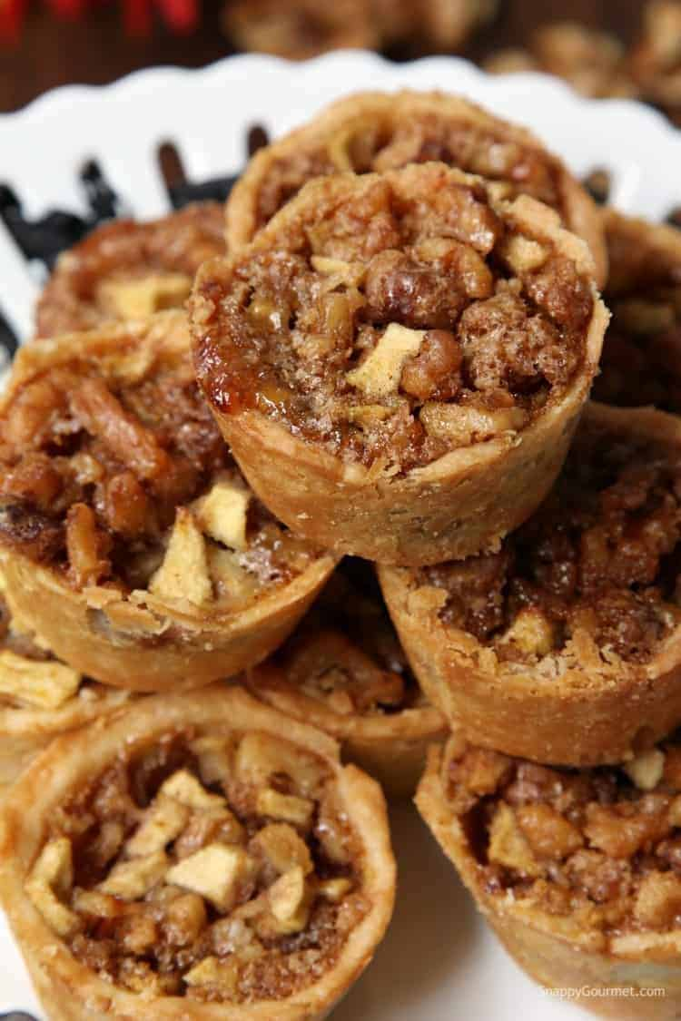Mini Walnut Apple Pies - little apple pie recipe