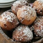 cannoli ricotta fritters in wood bowl