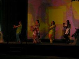 show_dancers_2.jpg