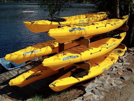 lake_kayaks.jpg