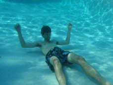 pool_underwater_ryan.jpg